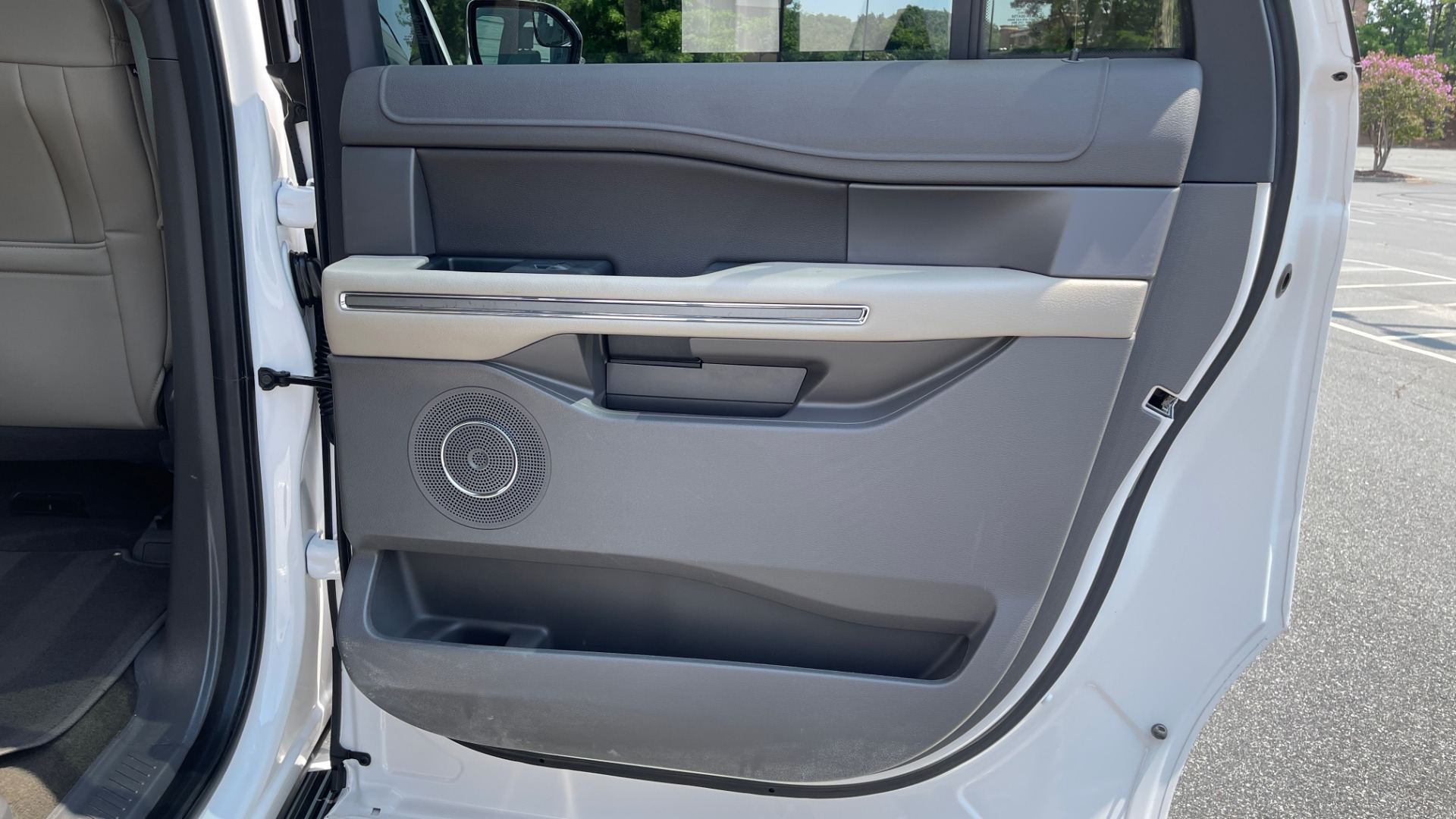 Used 2019 Ford EXPEDITION MAX XLT / 3.5L ECOBOOST / NAV / PANO-ROOF / 3-ROWS / REARVIEW for sale Sold at Formula Imports in Charlotte NC 28227 64