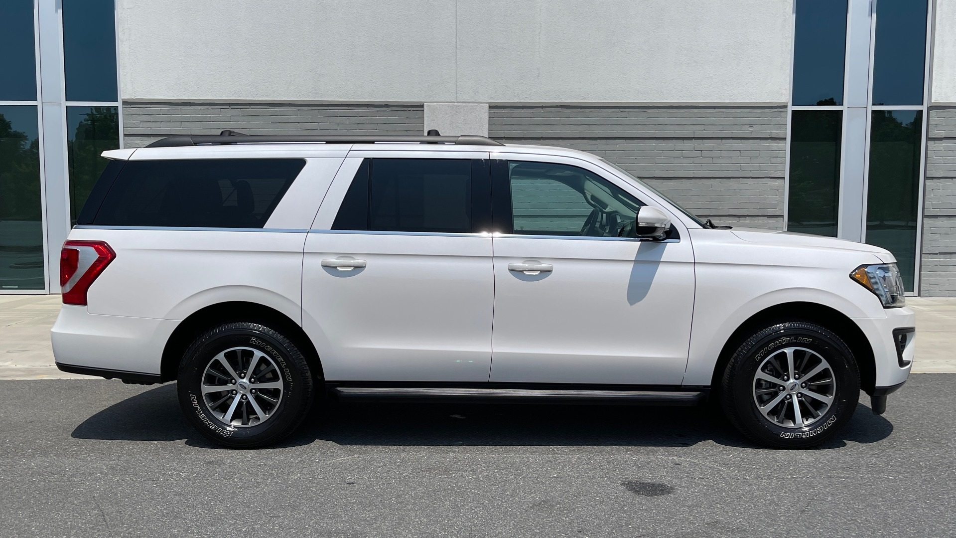 Used 2019 Ford EXPEDITION MAX XLT / 3.5L ECOBOOST / NAV / PANO-ROOF / 3-ROWS / REARVIEW for sale Sold at Formula Imports in Charlotte NC 28227 7