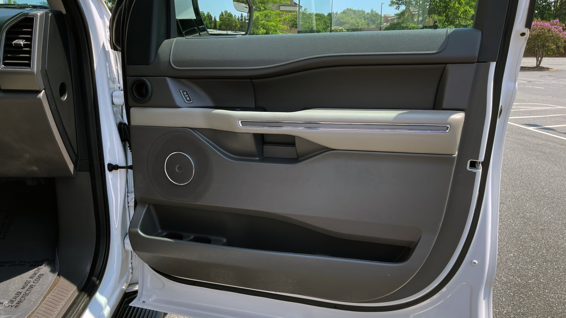 Used 2019 Ford EXPEDITION MAX XLT / 3.5L ECOBOOST / NAV / PANO-ROOF / 3-ROWS / REARVIEW for sale Sold at Formula Imports in Charlotte NC 28227 71