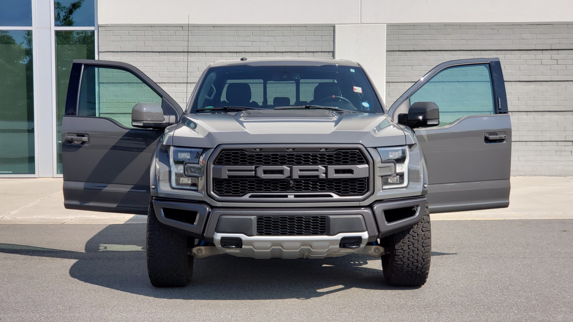 Used 2018 Ford F-150 RAPTOR 4X4 SUPERCREW / NAV / PANO-ROOF / REARVIEW for sale $69,999 at Formula Imports in Charlotte NC 28227 22