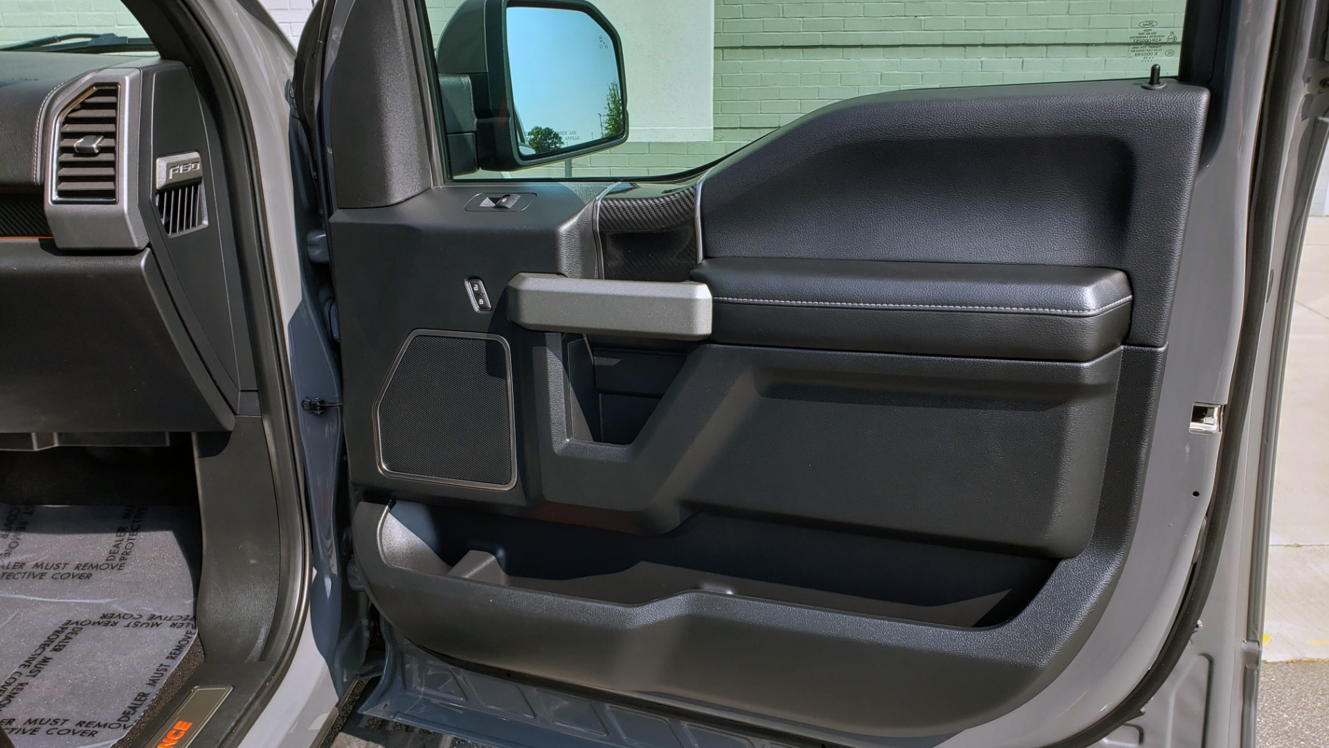 Used 2018 Ford F-150 RAPTOR 4X4 SUPERCREW / NAV / PANO-ROOF / REARVIEW for sale $69,999 at Formula Imports in Charlotte NC 28227 73