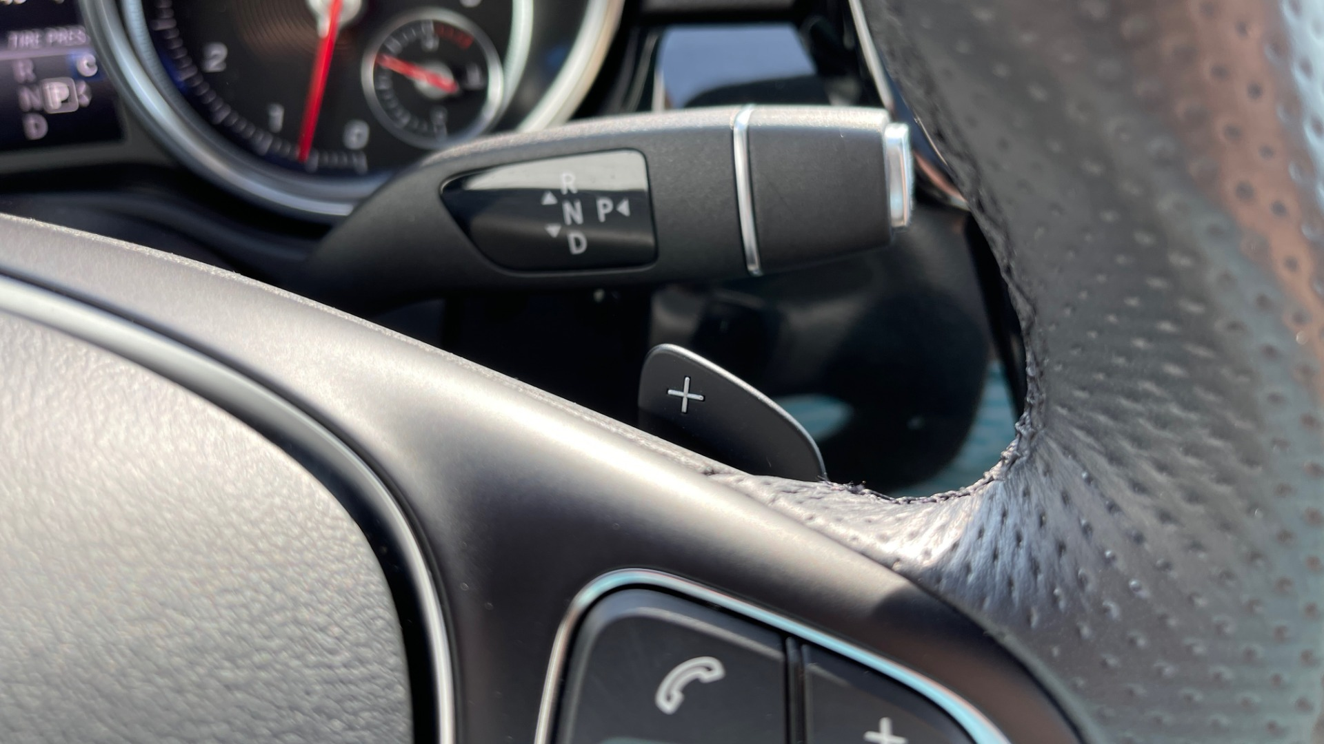 Used 2018 Mercedes-Benz GLE 350 4MATIC PREMIUM / NAV / SUNROOF / HTD STS / TRAILER HITCH / REARVIEW for sale $36,295 at Formula Imports in Charlotte NC 28227 37