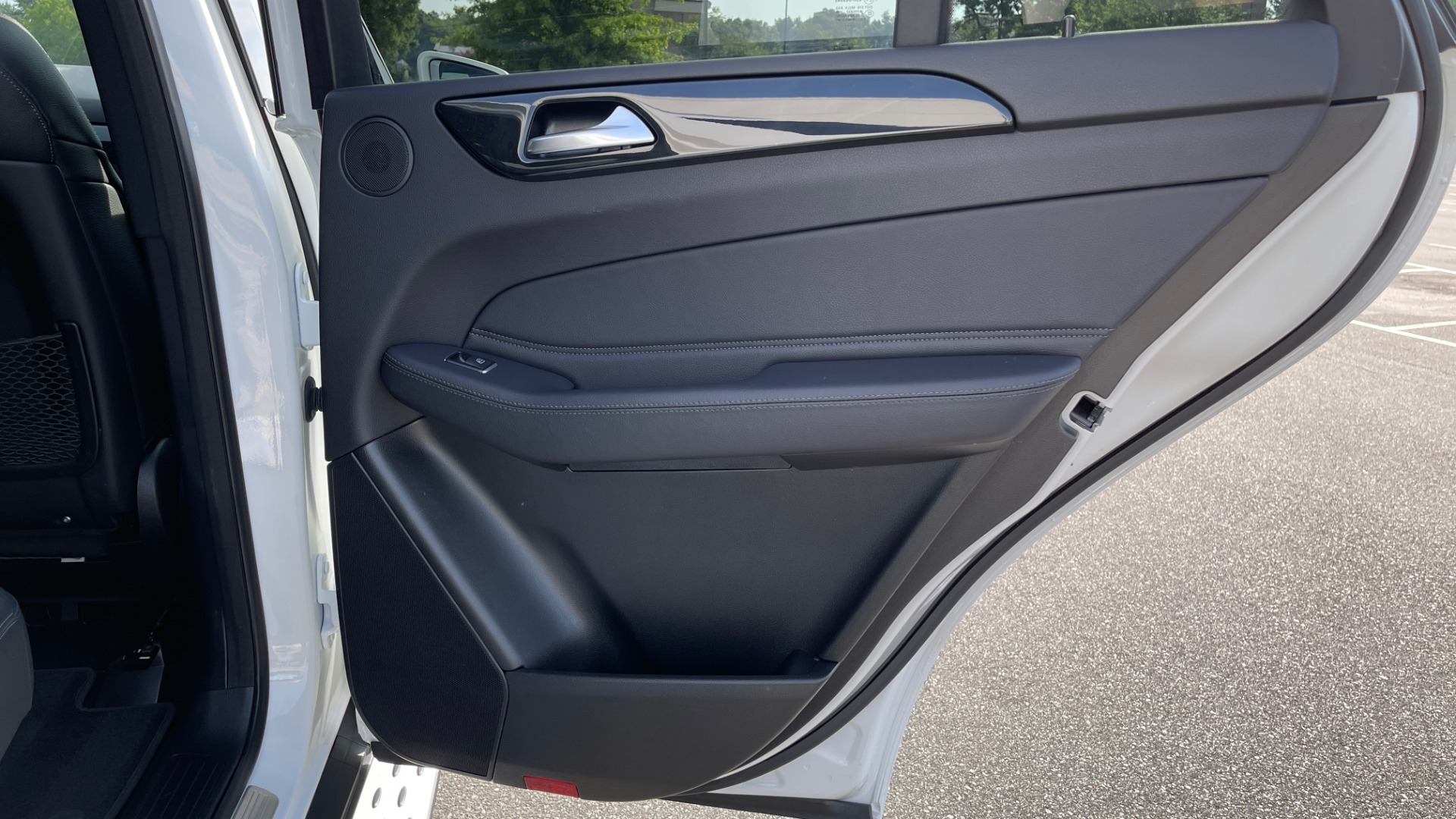 Used 2018 Mercedes-Benz GLE 350 4MATIC PREMIUM / NAV / SUNROOF / HTD STS / TRAILER HITCH / REARVIEW for sale $36,295 at Formula Imports in Charlotte NC 28227 60