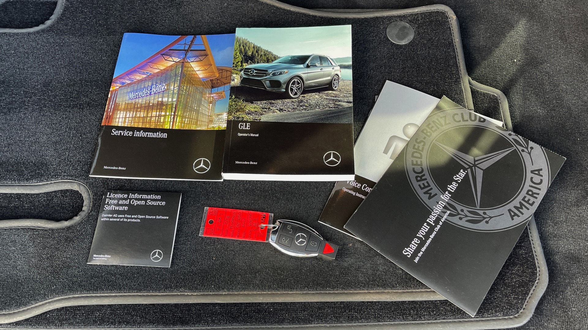 Used 2018 Mercedes-Benz GLE 350 4MATIC PREMIUM / NAV / SUNROOF / HTD STS / TRAILER HITCH / REARVIEW for sale $36,295 at Formula Imports in Charlotte NC 28227 77