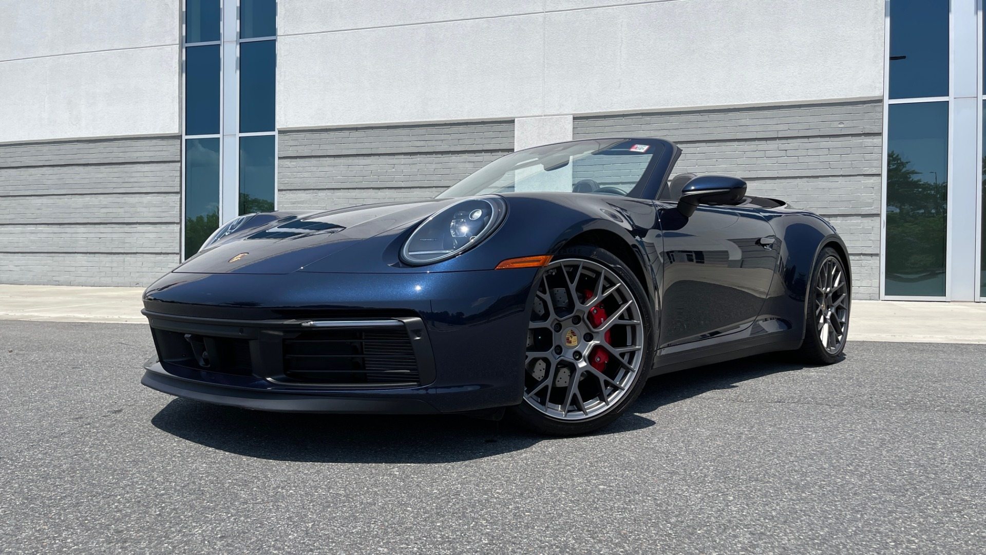Used 2020 Porsche 911 CARRERA S CABRIOLET PREMIUM SPORT / LCA / ACC / BOSE / REARVIEW for sale $159,995 at Formula Imports in Charlotte NC 28227 2
