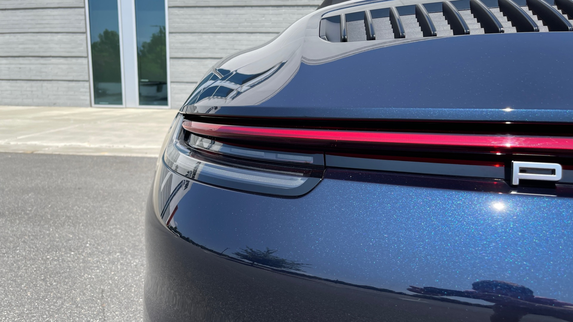Used 2020 Porsche 911 CARRERA S CABRIOLET PREMIUM SPORT / LCA / ACC / BOSE / REARVIEW for sale $159,995 at Formula Imports in Charlotte NC 28227 32
