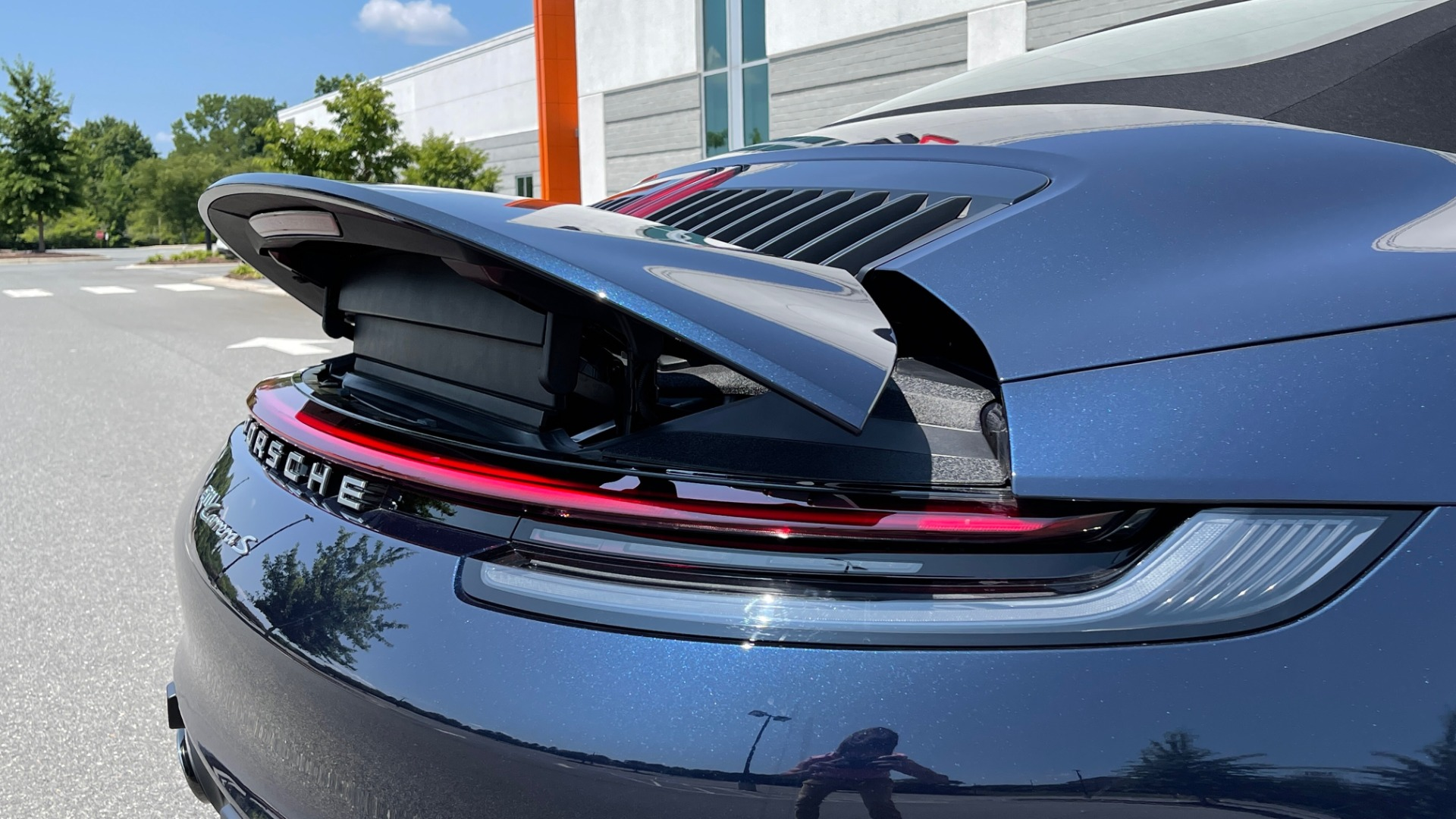 Used 2020 Porsche 911 CARRERA S CABRIOLET PREMIUM SPORT / LCA / ACC / BOSE / REARVIEW for sale $159,995 at Formula Imports in Charlotte NC 28227 37