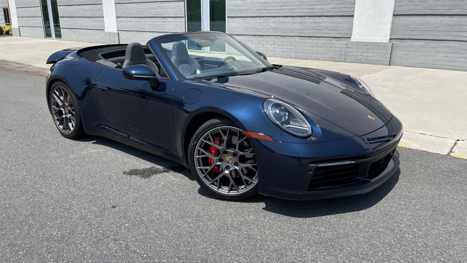 Used 2020 Porsche 911 CARRERA S CABRIOLET PREMIUM SPORT / LCA / ACC / BOSE / REARVIEW for sale $159,995 at Formula Imports in Charlotte NC 28227 4