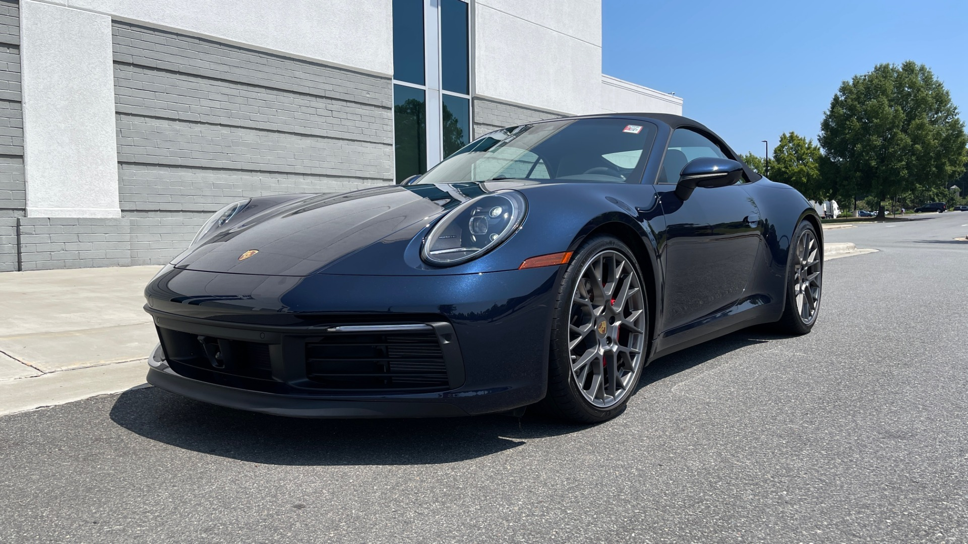 Used 2020 Porsche 911 CARRERA S CABRIOLET PREMIUM SPORT / LCA / ACC / BOSE / REARVIEW for sale $159,995 at Formula Imports in Charlotte NC 28227 5