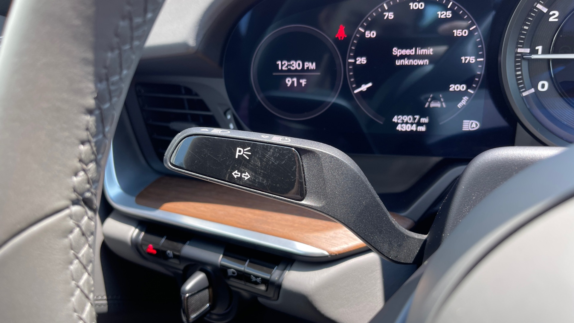 Used 2020 Porsche 911 CARRERA S CABRIOLET PREMIUM SPORT / LCA / ACC / BOSE / REARVIEW for sale $159,995 at Formula Imports in Charlotte NC 28227 51