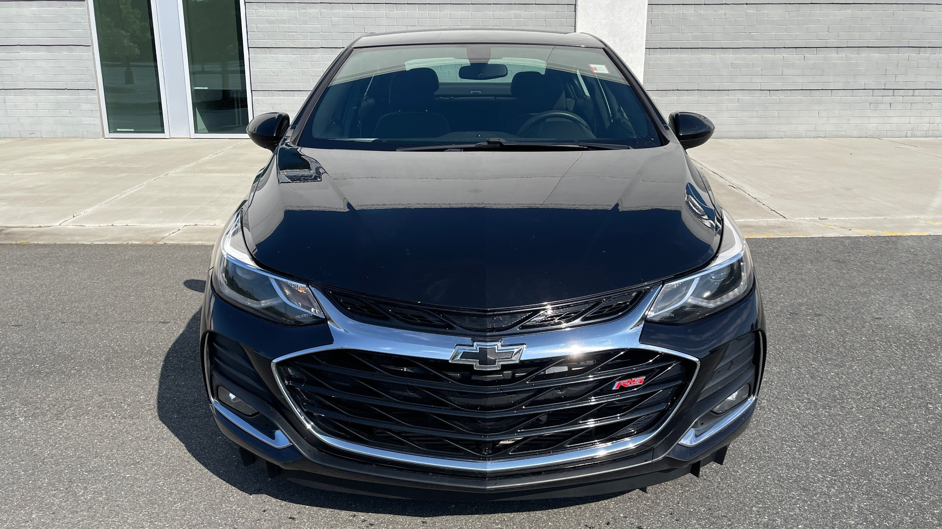 Used 2019 Chevrolet CRUZE LT / 1.4L TURBO / 6-SPD AUTO / AIR CONDITIONING / REARVIEW for sale $18,495 at Formula Imports in Charlotte NC 28227 7