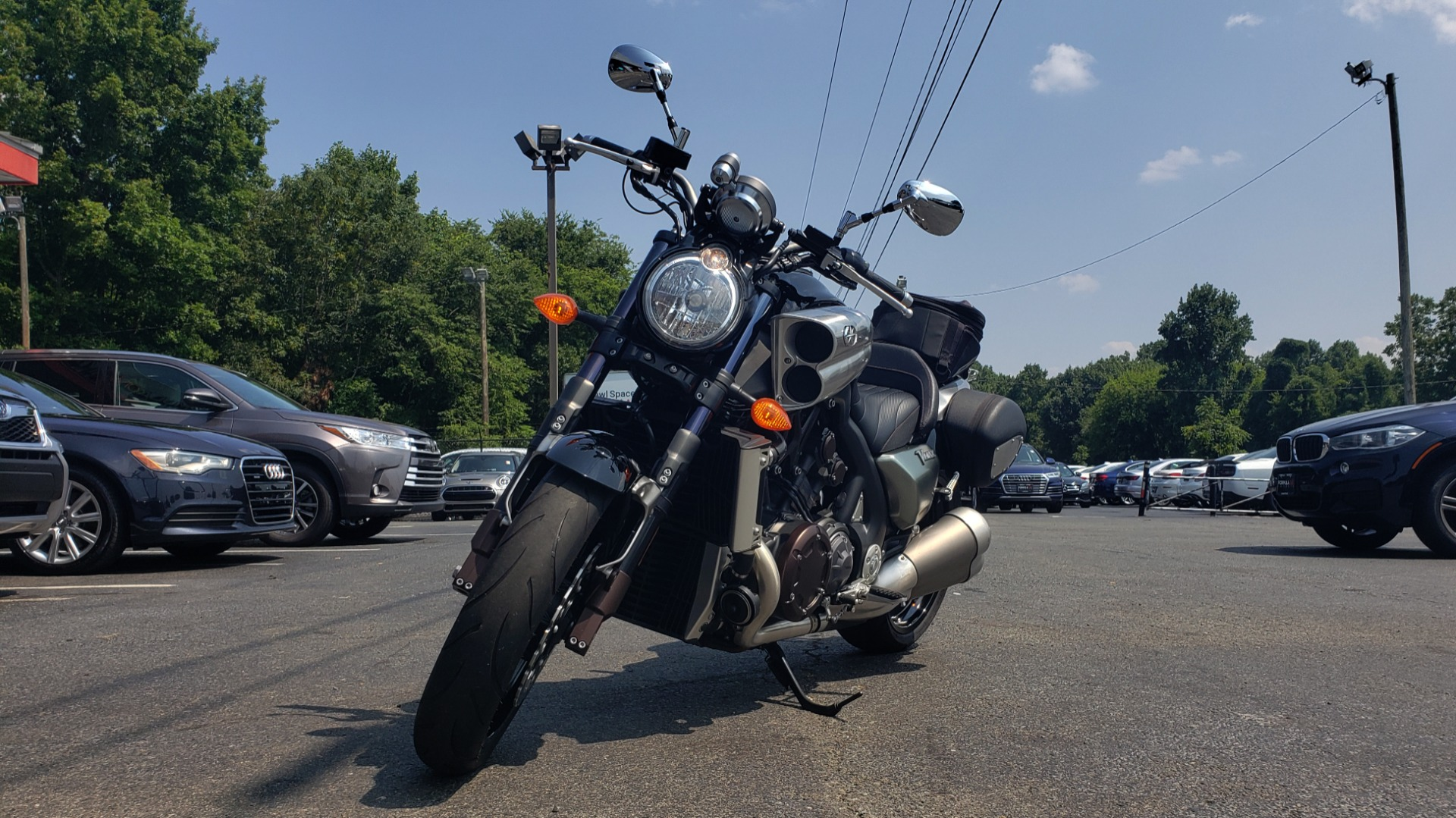 Used 2009 Yamaha V-MAX MOTORCYCLE / SPORT CRUISER / 18K MILES / SUPER CLEAN! for sale $9,500 at Formula Imports in Charlotte NC 28227 2