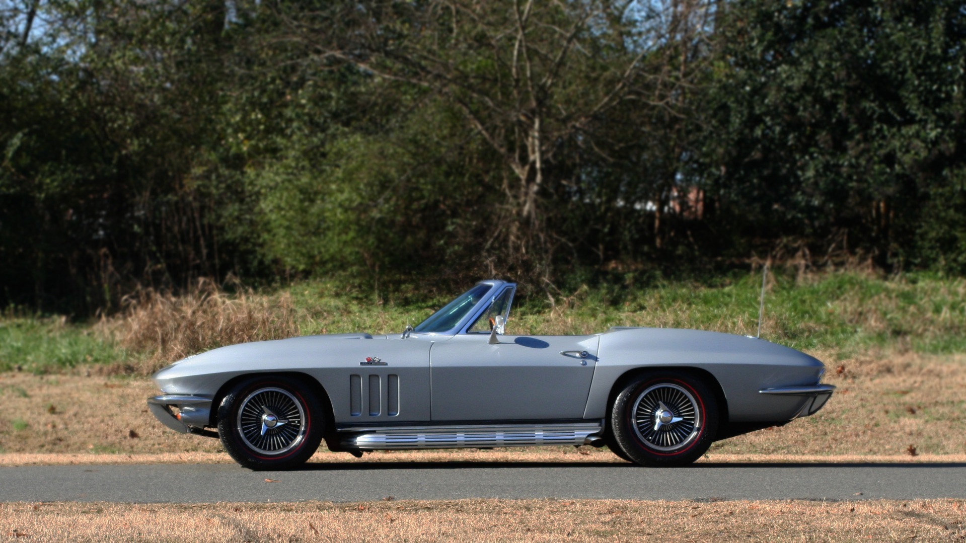 Used 1966 Chevrolet CORVETTE STINGRAY CONVERTIBLE 427 / 4-SPD / NUMBER MATCHING for sale Sold at Formula Imports in Charlotte NC 28227 3