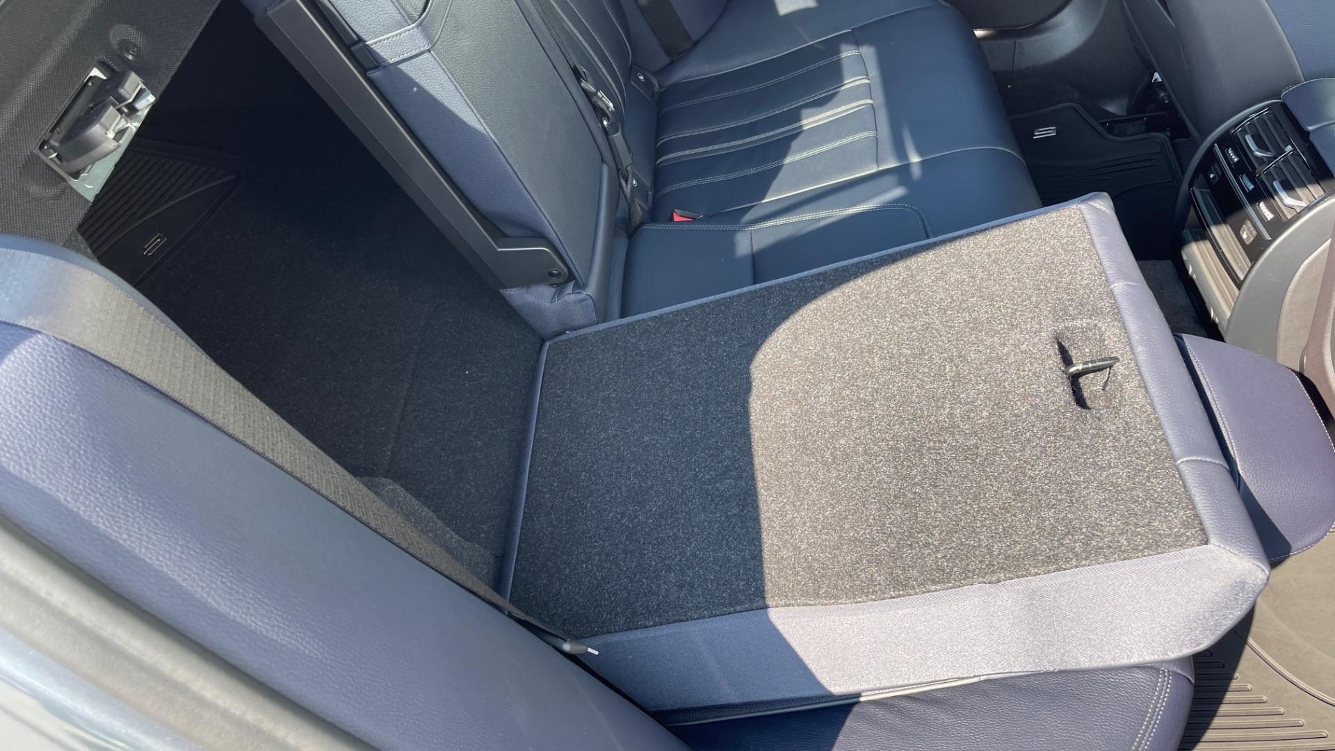 Used 2018 BMW 5 SERIES 540I XDRIVE M-SPORT / DRVR ASST / PDC / APPLE / HUD / H/K SND for sale $42,795 at Formula Imports in Charlotte NC 28227 21
