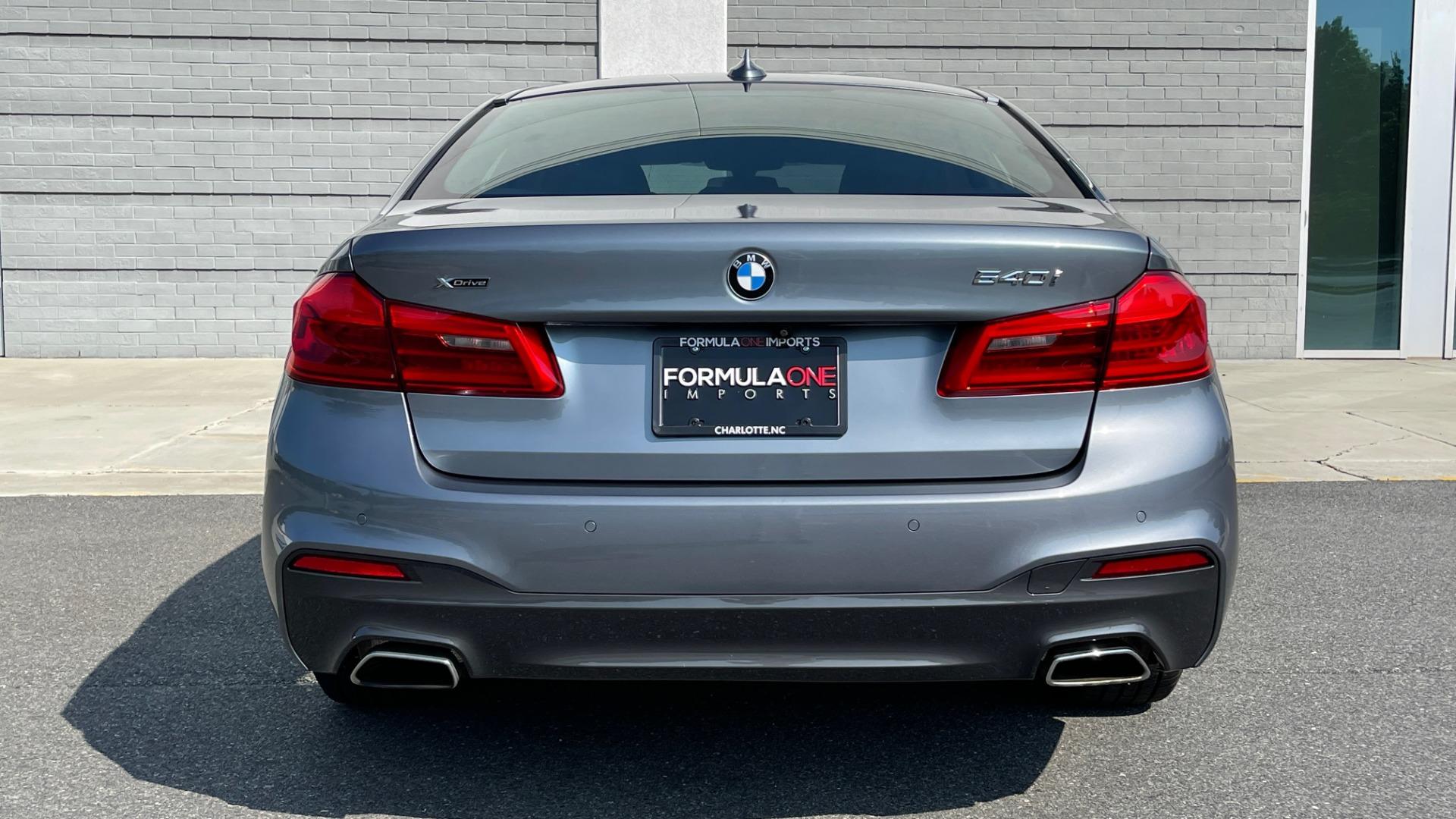 Used 2018 BMW 5 SERIES 540I XDRIVE M-SPORT / DRVR ASST / PDC / APPLE / HUD / H/K SND for sale $42,795 at Formula Imports in Charlotte NC 28227 22