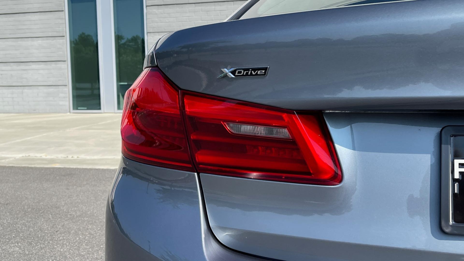 Used 2018 BMW 5 SERIES 540I XDRIVE M-SPORT / DRVR ASST / PDC / APPLE / HUD / H/K SND for sale $42,795 at Formula Imports in Charlotte NC 28227 23