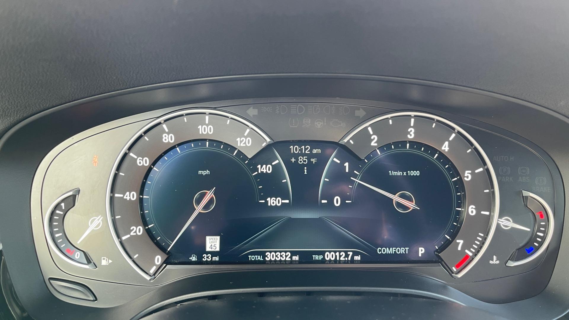 Used 2018 BMW 5 SERIES 540I XDRIVE M-SPORT / DRVR ASST / PDC / APPLE / HUD / H/K SND for sale $42,795 at Formula Imports in Charlotte NC 28227 35
