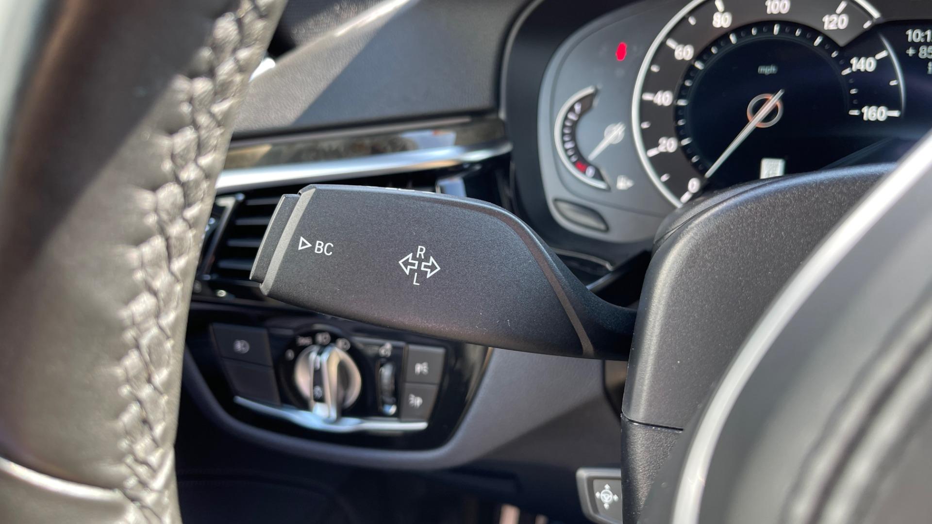 Used 2018 BMW 5 SERIES 540I XDRIVE M-SPORT / DRVR ASST / PDC / APPLE / HUD / H/K SND for sale $42,795 at Formula Imports in Charlotte NC 28227 39