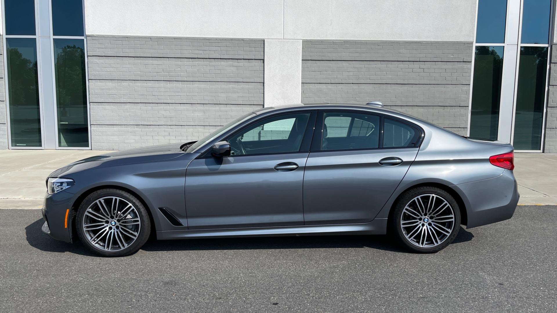 Used 2018 BMW 5 SERIES 540I XDRIVE M-SPORT / DRVR ASST / PDC / APPLE / HUD / H/K SND for sale $42,795 at Formula Imports in Charlotte NC 28227 4