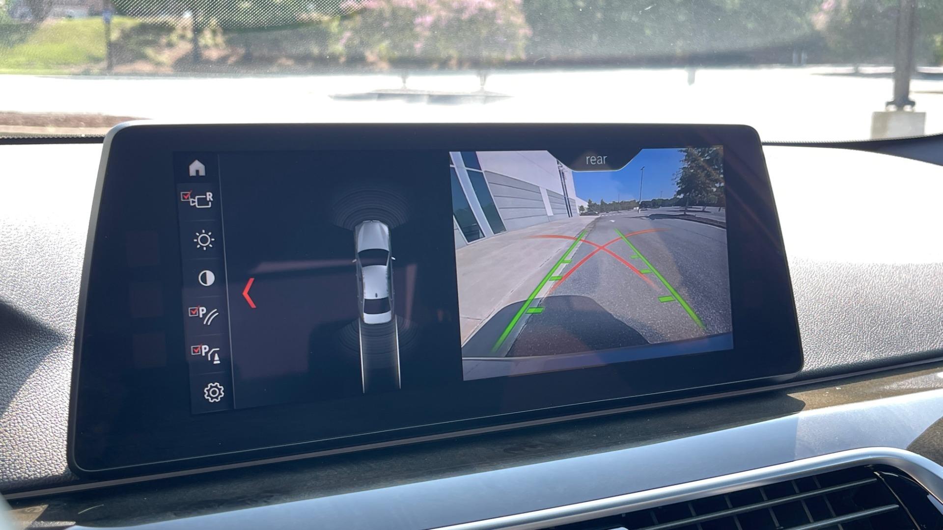 Used 2018 BMW 5 SERIES 540I XDRIVE M-SPORT / DRVR ASST / PDC / APPLE / HUD / H/K SND for sale $42,795 at Formula Imports in Charlotte NC 28227 43