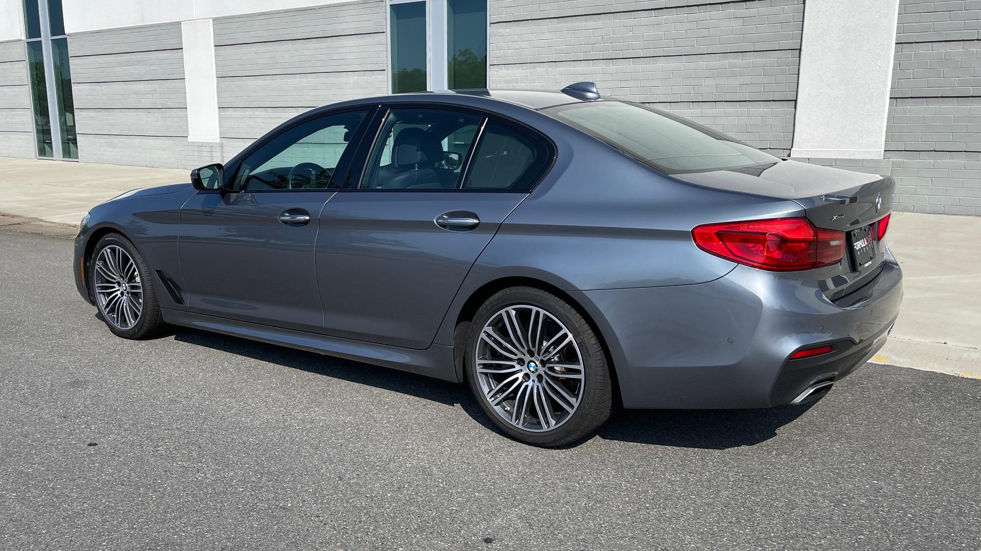 Used 2018 BMW 5 SERIES 540I XDRIVE M-SPORT / DRVR ASST / PDC / APPLE / HUD / H/K SND for sale $42,795 at Formula Imports in Charlotte NC 28227 5