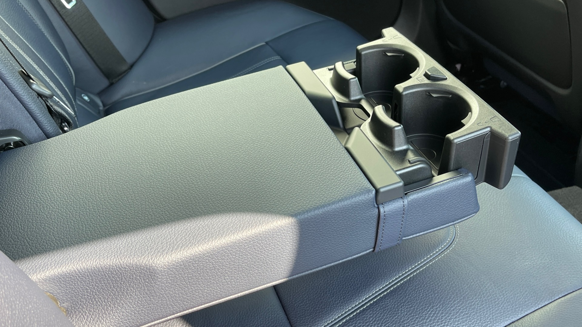 Used 2018 BMW 5 SERIES 540I XDRIVE M-SPORT / DRVR ASST / PDC / APPLE / HUD / H/K SND for sale $42,795 at Formula Imports in Charlotte NC 28227 62