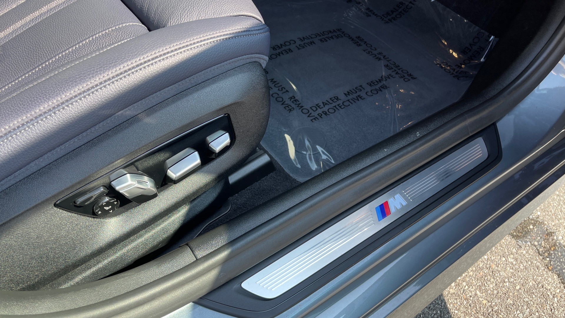 Used 2018 BMW 5 SERIES 540I XDRIVE M-SPORT / DRVR ASST / PDC / APPLE / HUD / H/K SND for sale $42,795 at Formula Imports in Charlotte NC 28227 66
