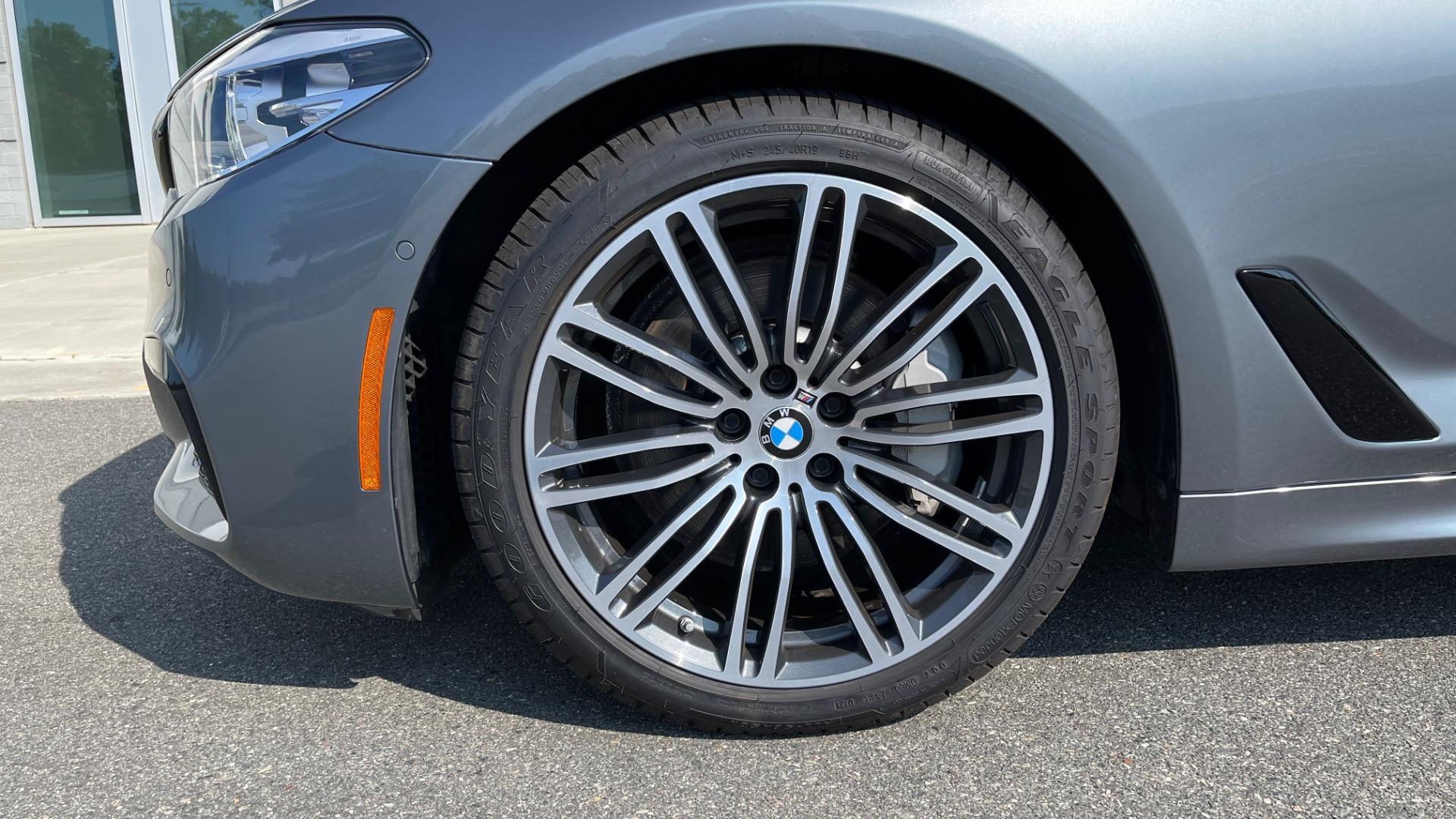 Used 2018 BMW 5 SERIES 540I XDRIVE M-SPORT / DRVR ASST / PDC / APPLE / HUD / H/K SND for sale $42,795 at Formula Imports in Charlotte NC 28227 69