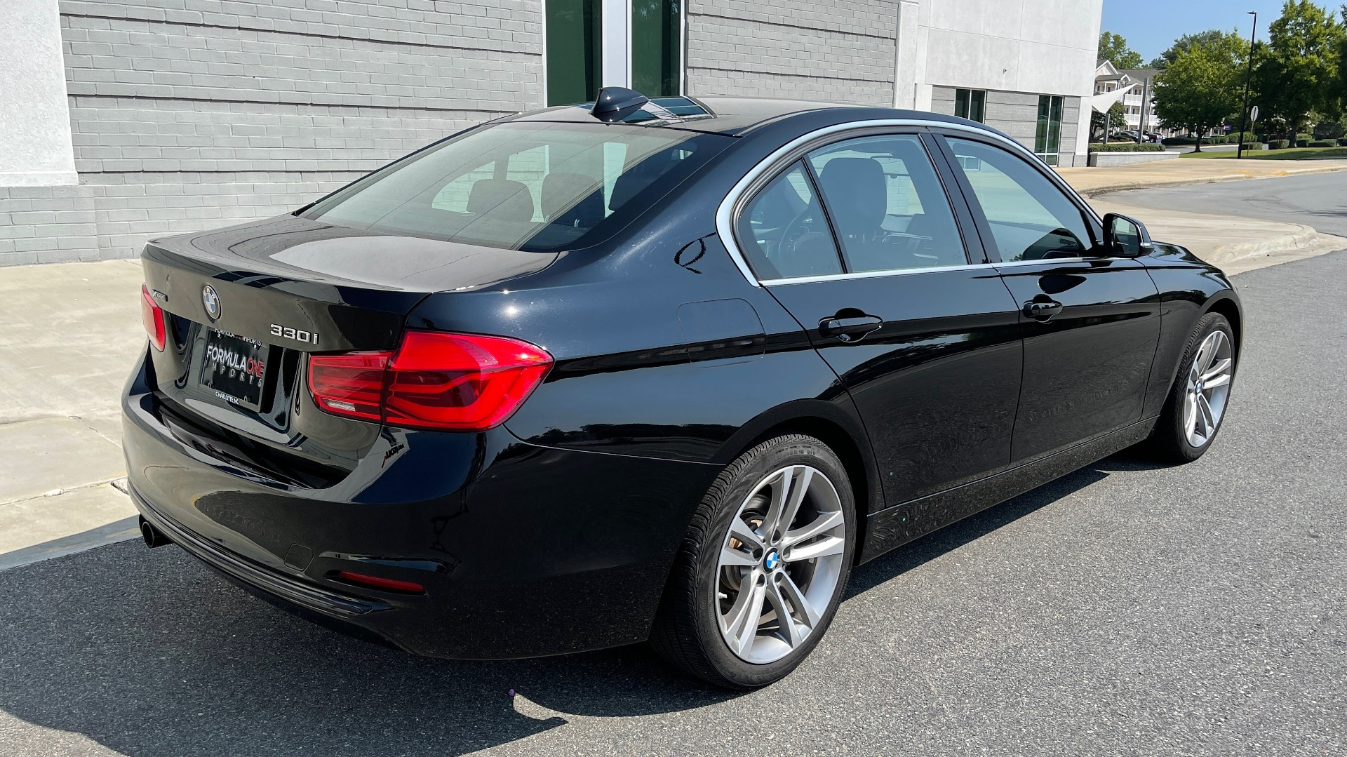 Used 2018 BMW 3 SERIES 330I XDRIVE / CONV PKG / SUNROOF / HTD STS / ABSD / REARVIEW for sale $30,695 at Formula Imports in Charlotte NC 28227 2