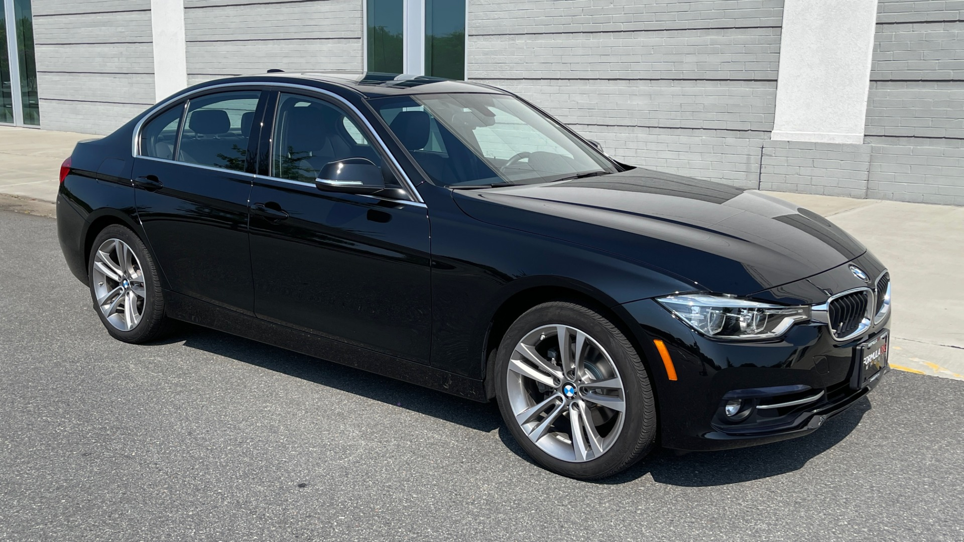 Used 2018 BMW 3 SERIES 330I XDRIVE / CONV PKG / SUNROOF / HTD STS / ABSD / REARVIEW for sale $30,695 at Formula Imports in Charlotte NC 28227 6