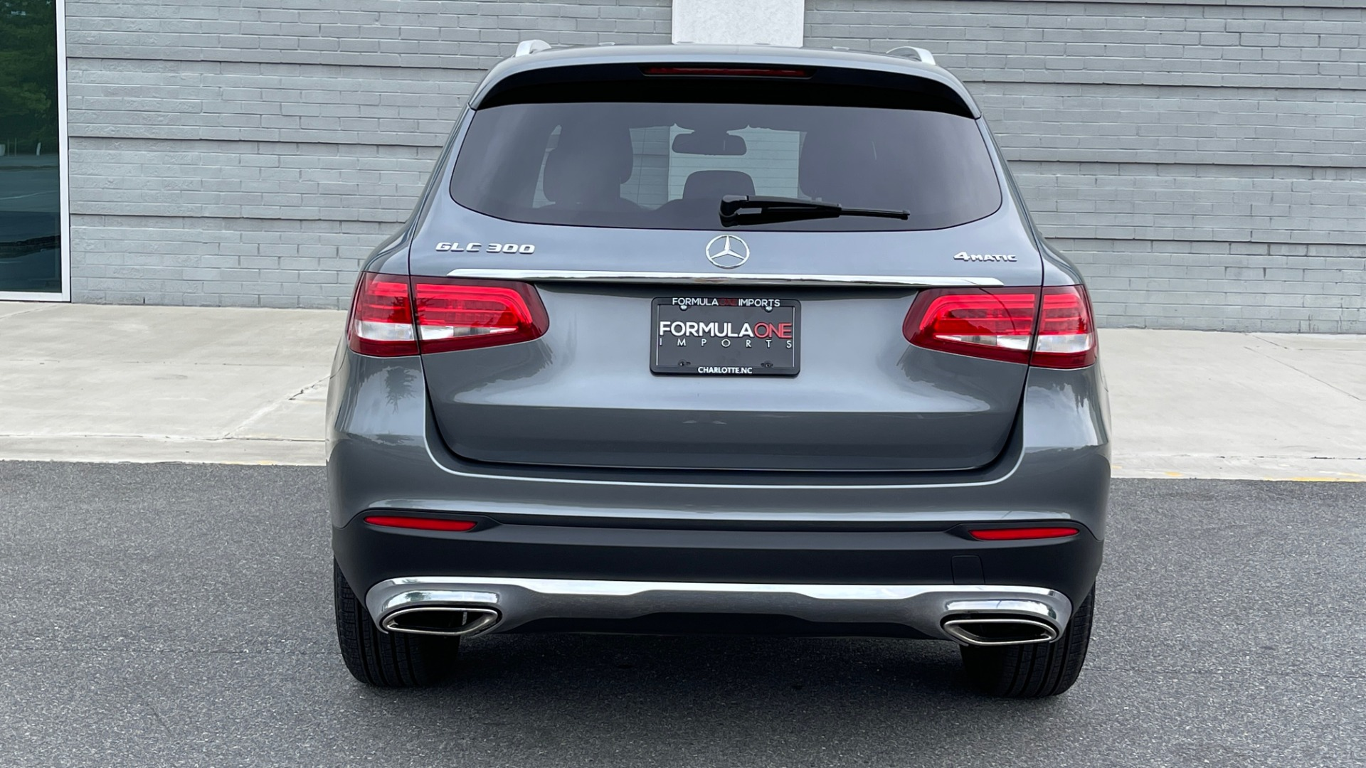 Used 2018 Mercedes-Benz GLC 300 4MATIC PREMIUM / PANO-ROOF / HTD STS / APPLE / REARVIEW for sale $34,295 at Formula Imports in Charlotte NC 28227 23