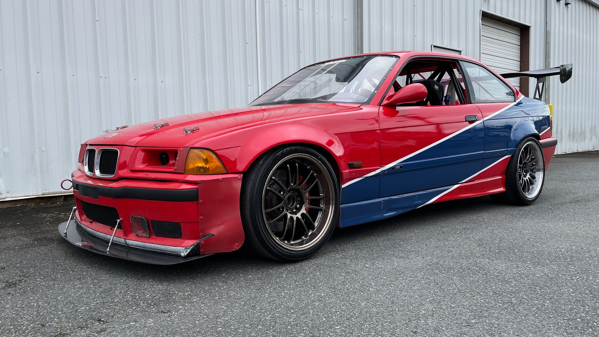 Used 1996 BMW 3-SERIES M3 TRACK CAR / 5-SPD / MANUAL / FULL CAGE / CARBON FIBER WING for sale $47,995 at Formula Imports in Charlotte NC 28227 12