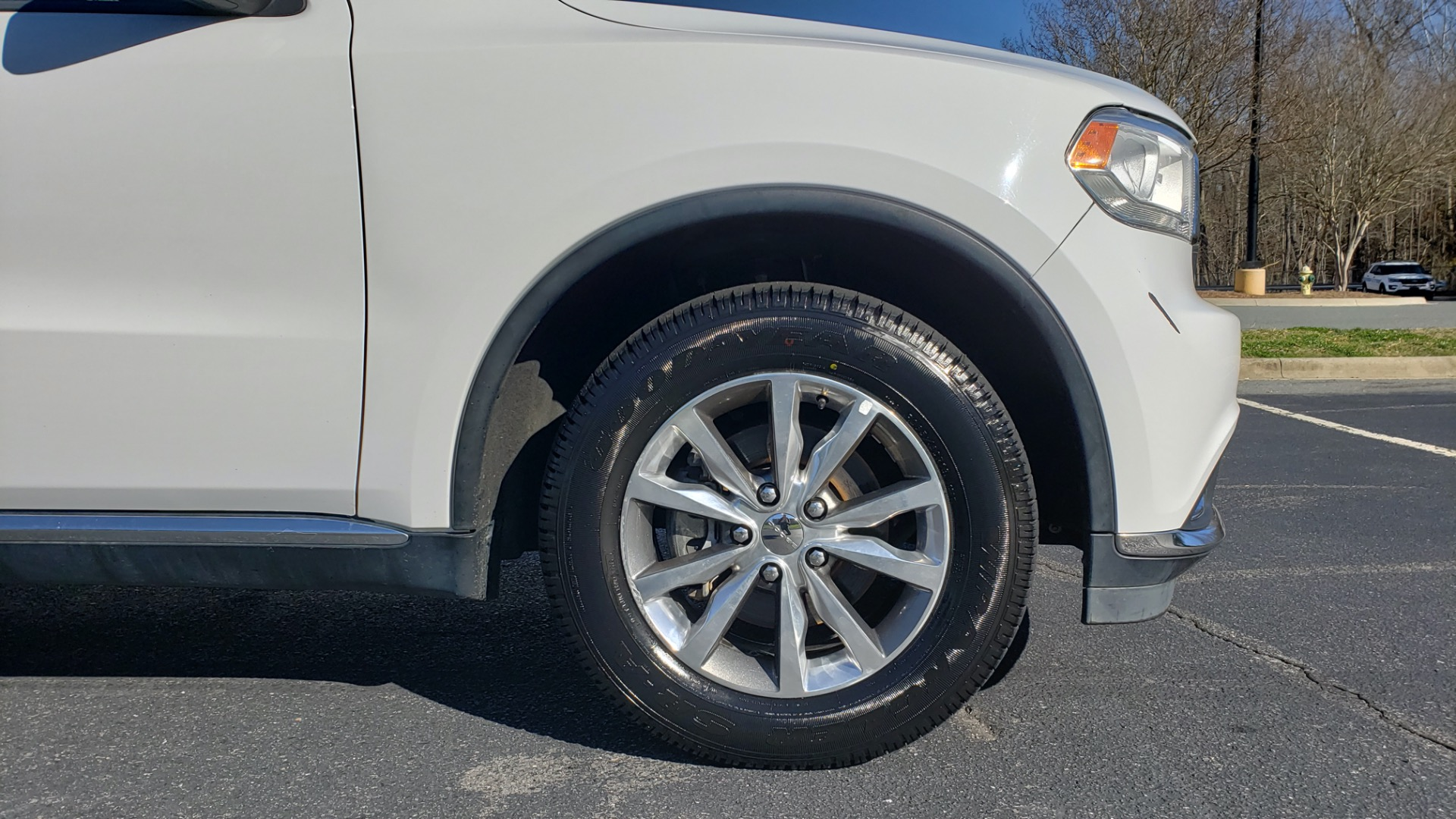 Used 2015 Dodge DURANGO LIMITED AWD / 3.6L V6 / 8-SPD AUTO / 3-ROW / REARVIEW for sale Sold at Formula Imports in Charlotte NC 28227 13
