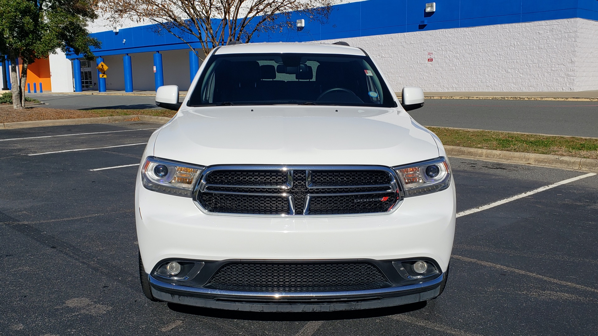Used 2015 Dodge DURANGO LIMITED AWD / 3.6L V6 / 8-SPD AUTO / 3-ROW / REARVIEW for sale Sold at Formula Imports in Charlotte NC 28227 23