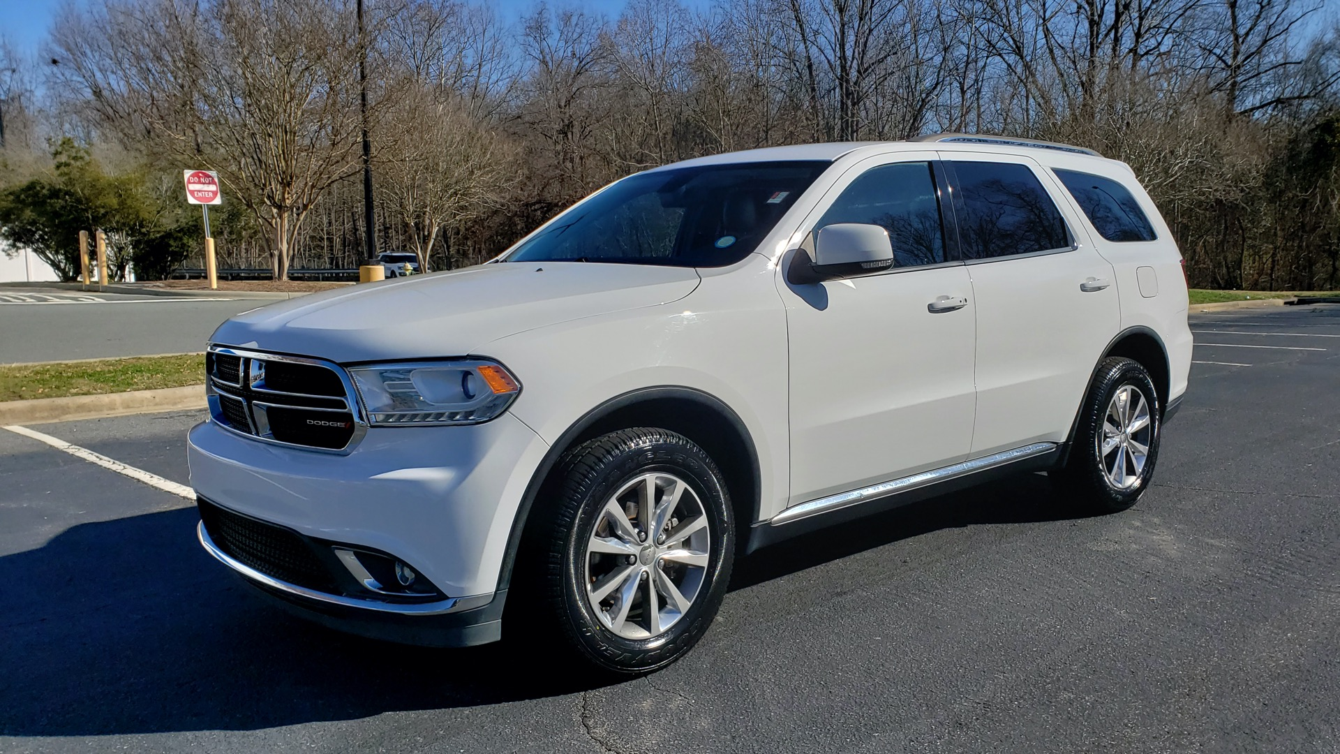 Used 2015 Dodge DURANGO LIMITED AWD / 3.6L V6 / 8-SPD AUTO / 3-ROW / REARVIEW for sale Sold at Formula Imports in Charlotte NC 28227 1