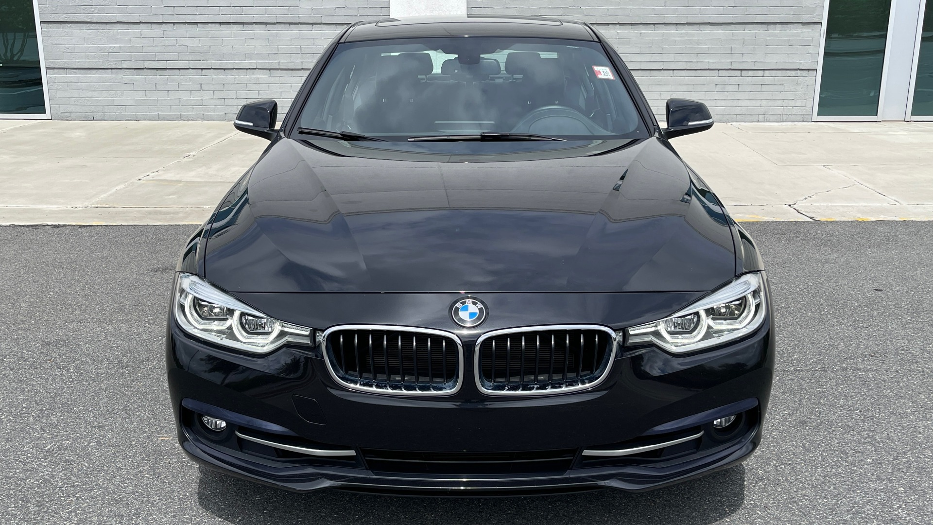 Used 2018 BMW 3 SERIES 330IXDRIVE / NAV / CONV PKG / ABSD / SUNROOF / REARVIEW for sale $29,599 at Formula Imports in Charlotte NC 28227 11