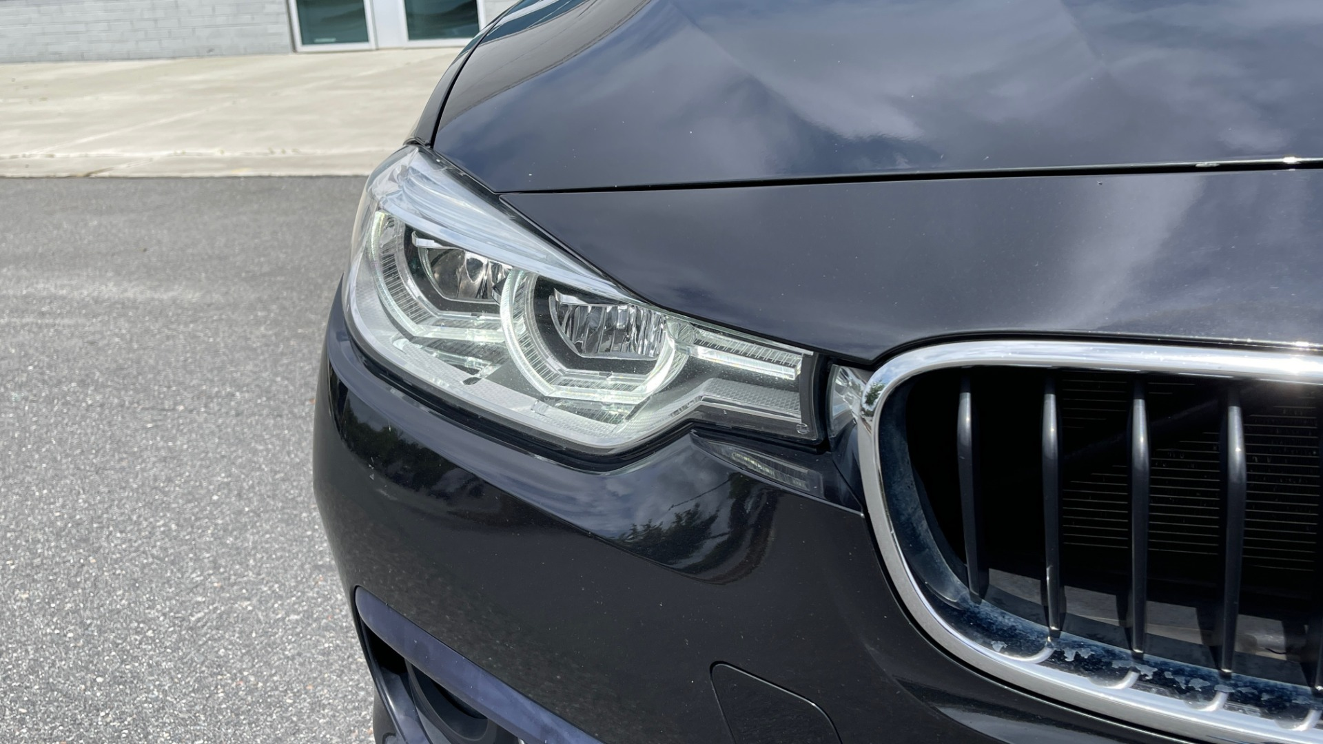 Used 2018 BMW 3 SERIES 330IXDRIVE / NAV / CONV PKG / ABSD / SUNROOF / REARVIEW for sale $29,599 at Formula Imports in Charlotte NC 28227 12