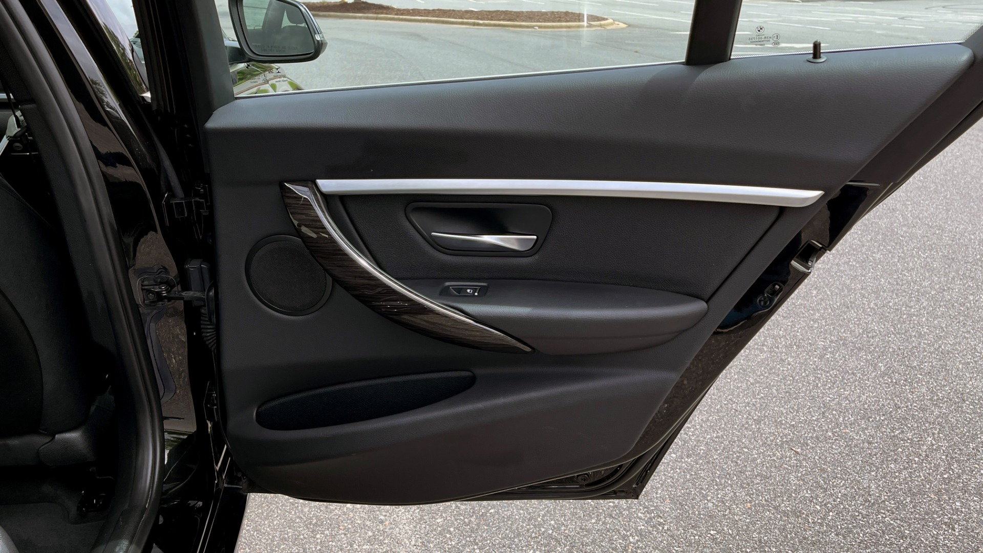 Used 2018 BMW 3 SERIES 330IXDRIVE / NAV / CONV PKG / ABSD / SUNROOF / REARVIEW for sale $29,599 at Formula Imports in Charlotte NC 28227 55