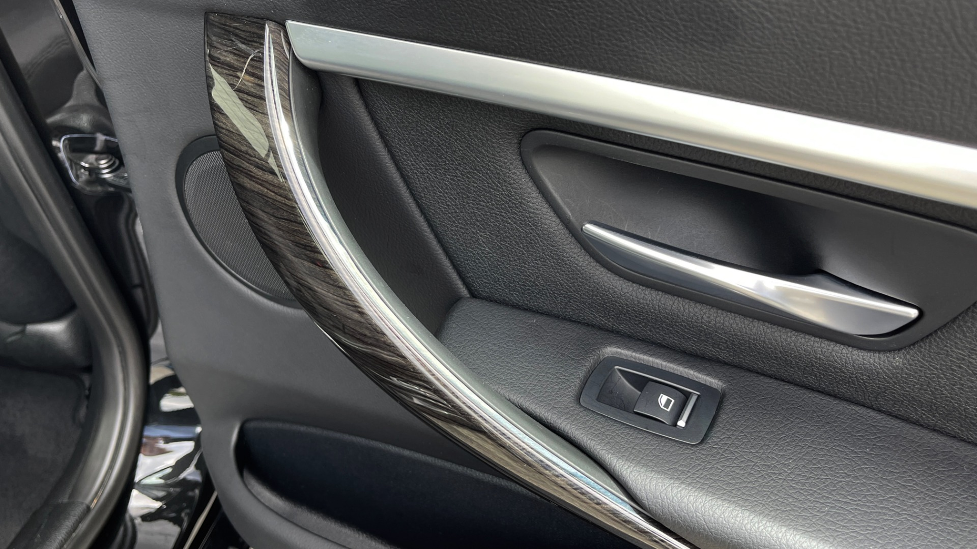 Used 2018 BMW 3 SERIES 330IXDRIVE / NAV / CONV PKG / ABSD / SUNROOF / REARVIEW for sale $29,599 at Formula Imports in Charlotte NC 28227 56