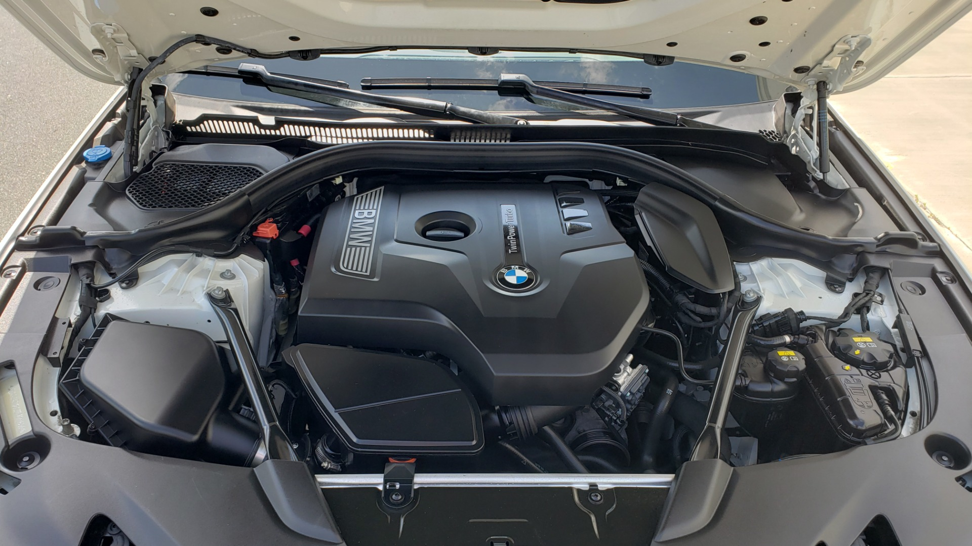Used 2018 BMW 5 SERIES 530I XDRIVE PREMIUM / PARK ASST / NAV / SUNROOF / REARIEW for sale $37,795 at Formula Imports in Charlotte NC 28227 13