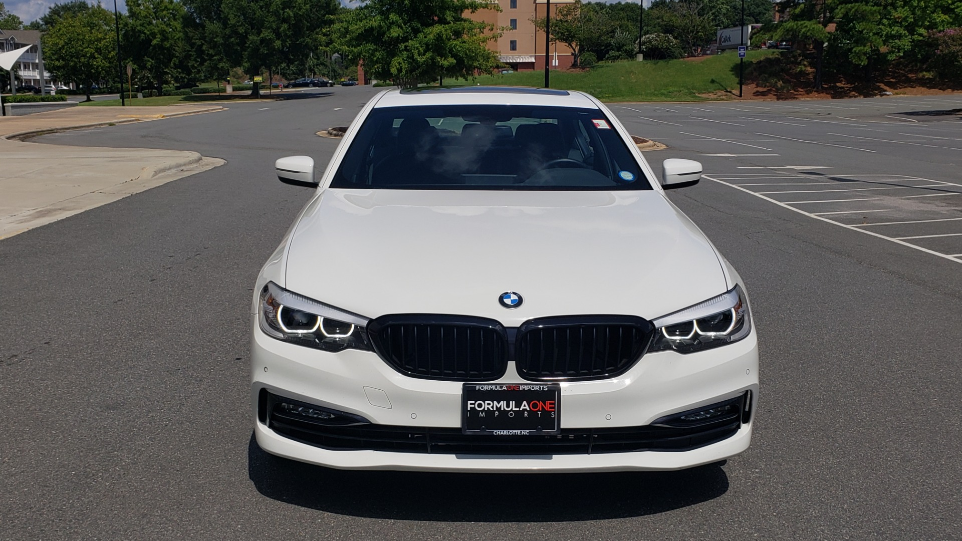 Used 2018 BMW 5 SERIES 530I XDRIVE PREMIUM / PARK ASST / NAV / SUNROOF / REARIEW for sale $37,795 at Formula Imports in Charlotte NC 28227 19