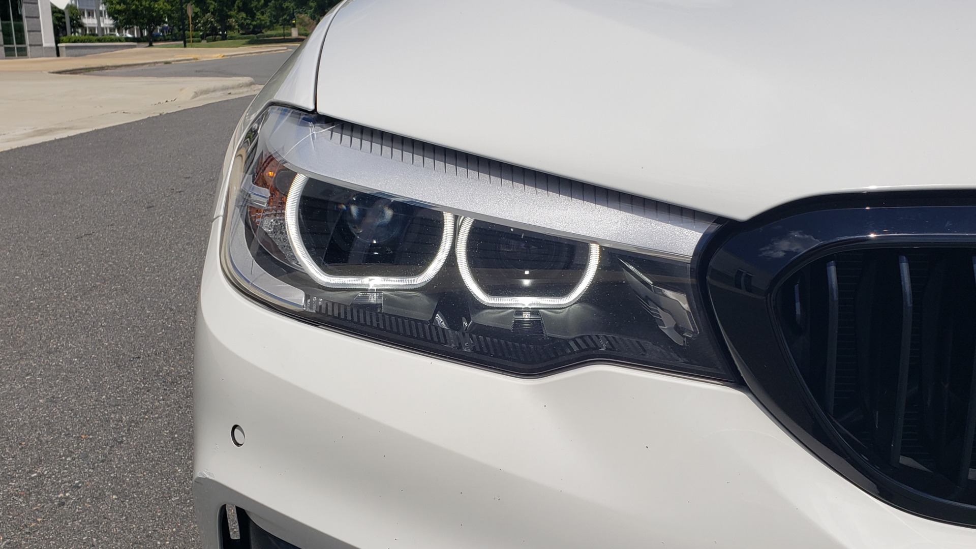 Used 2018 BMW 5 SERIES 530I XDRIVE PREMIUM / PARK ASST / NAV / SUNROOF / REARIEW for sale $37,795 at Formula Imports in Charlotte NC 28227 20