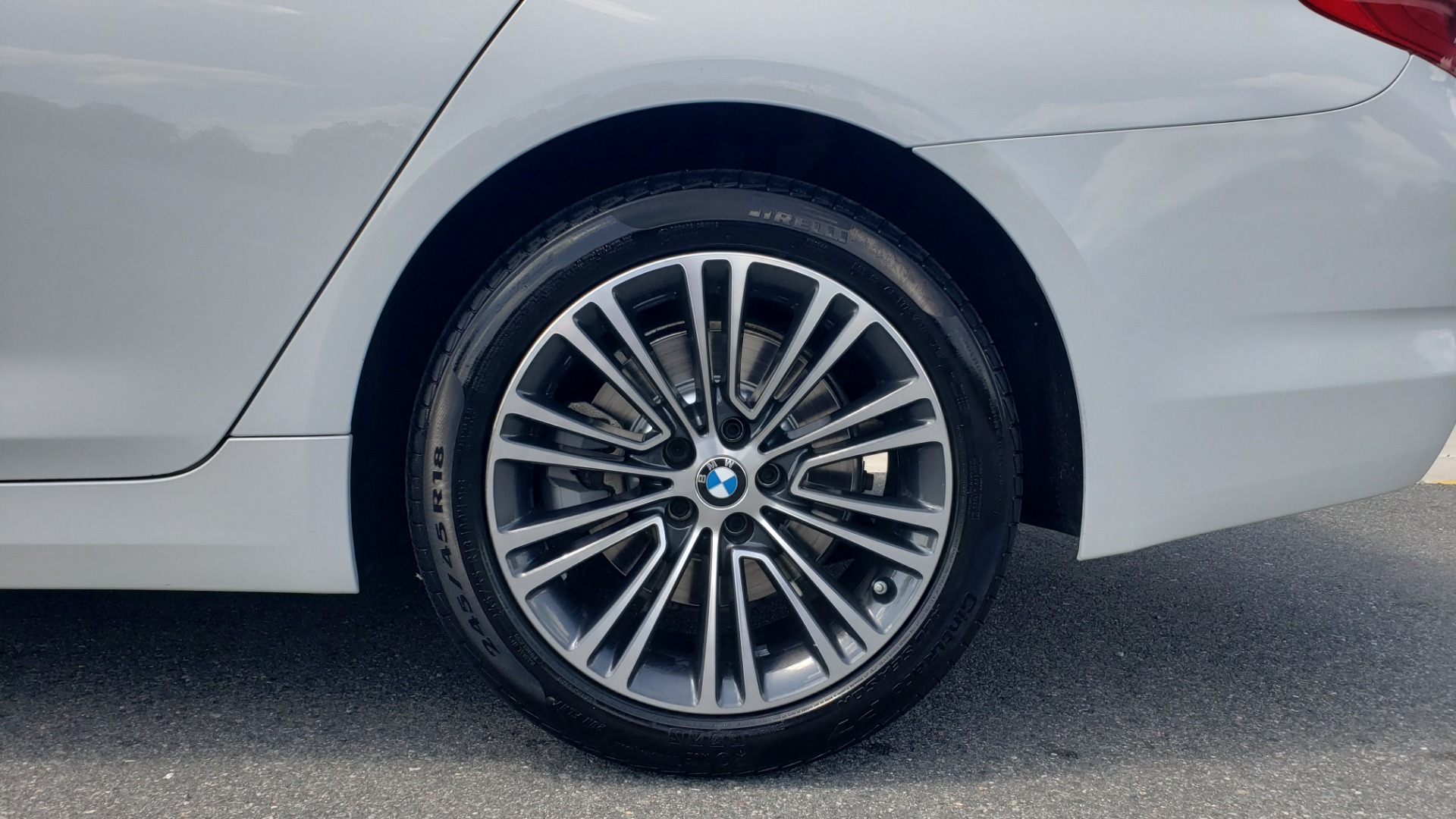 Used 2018 BMW 5 SERIES 530I XDRIVE PREMIUM / PARK ASST / NAV / SUNROOF / REARIEW for sale $37,795 at Formula Imports in Charlotte NC 28227 75