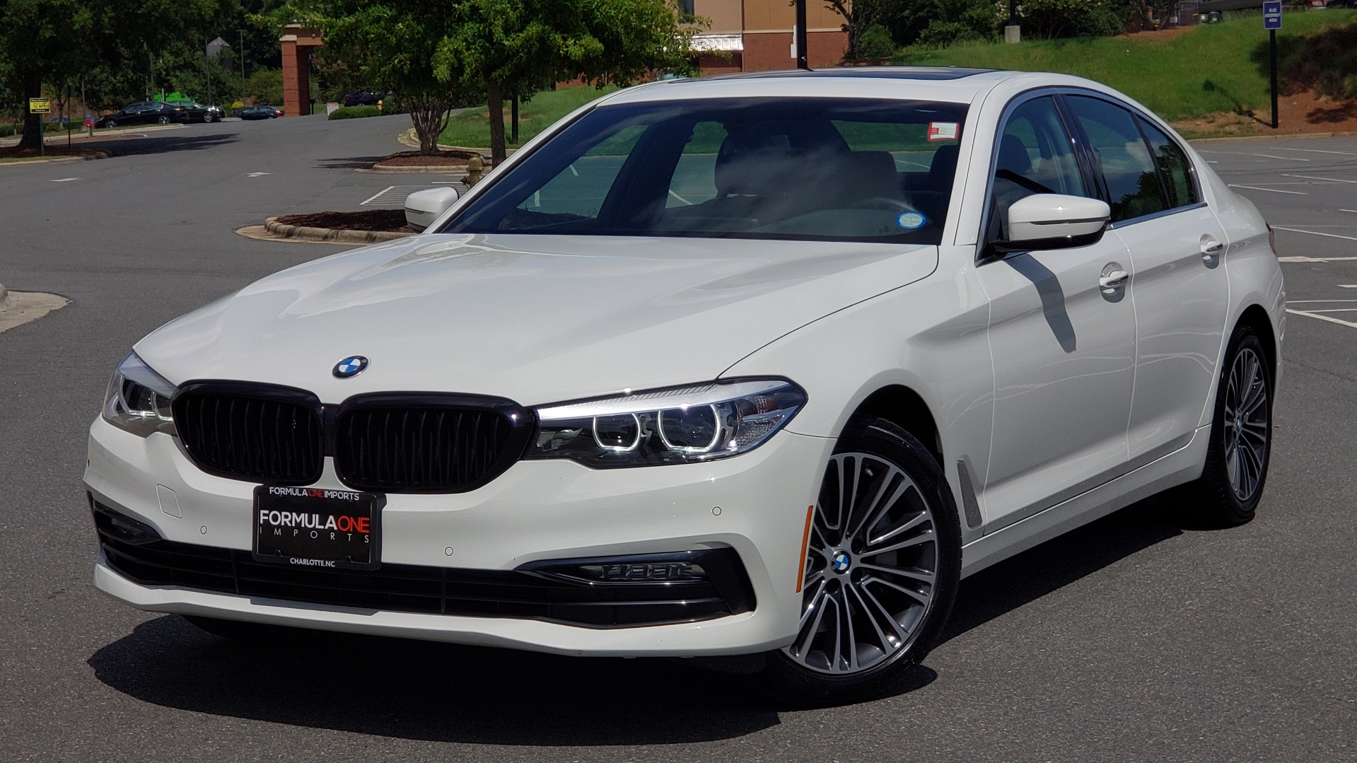 Used 2018 BMW 5 SERIES 530I XDRIVE PREMIUM / PARK ASST / NAV / SUNROOF / REARIEW for sale $37,795 at Formula Imports in Charlotte NC 28227 84