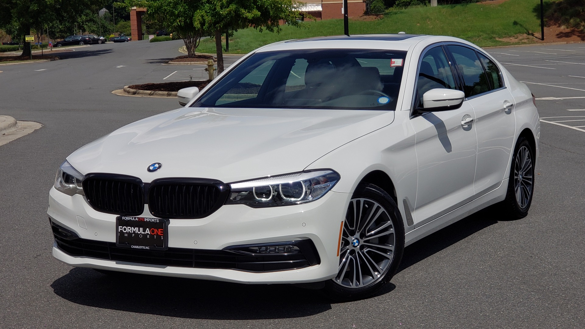 Used 2018 BMW 5 SERIES 530I XDRIVE PREMIUM / PARK ASST / NAV / SUNROOF / REARIEW for sale $37,795 at Formula Imports in Charlotte NC 28227 1