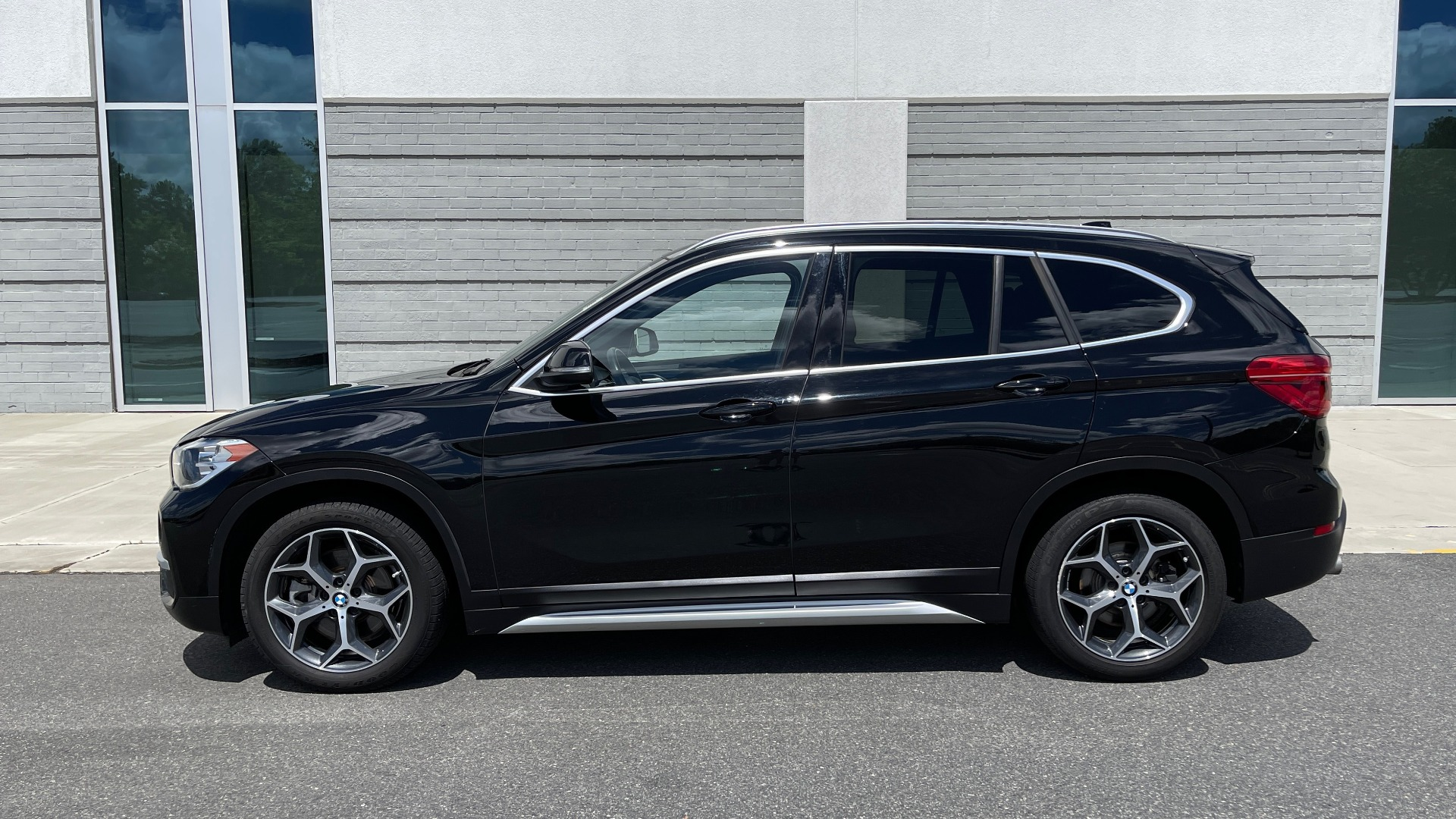 Used 2018 BMW X1 XDRIVE28I / 2.0L / AWD / 8-SPD AUTO / REARVIEW for sale $29,395 at Formula Imports in Charlotte NC 28227 4