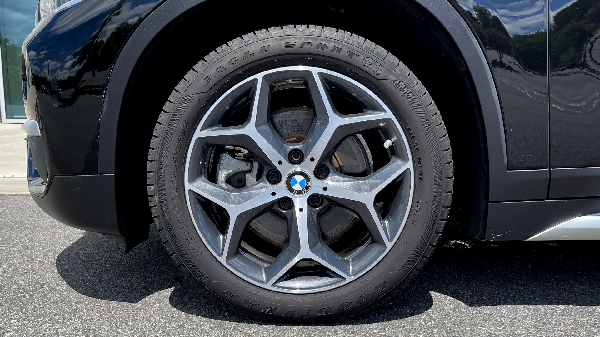Used 2018 BMW X1 XDRIVE28I / 2.0L / AWD / 8-SPD AUTO / REARVIEW for sale $29,395 at Formula Imports in Charlotte NC 28227 60