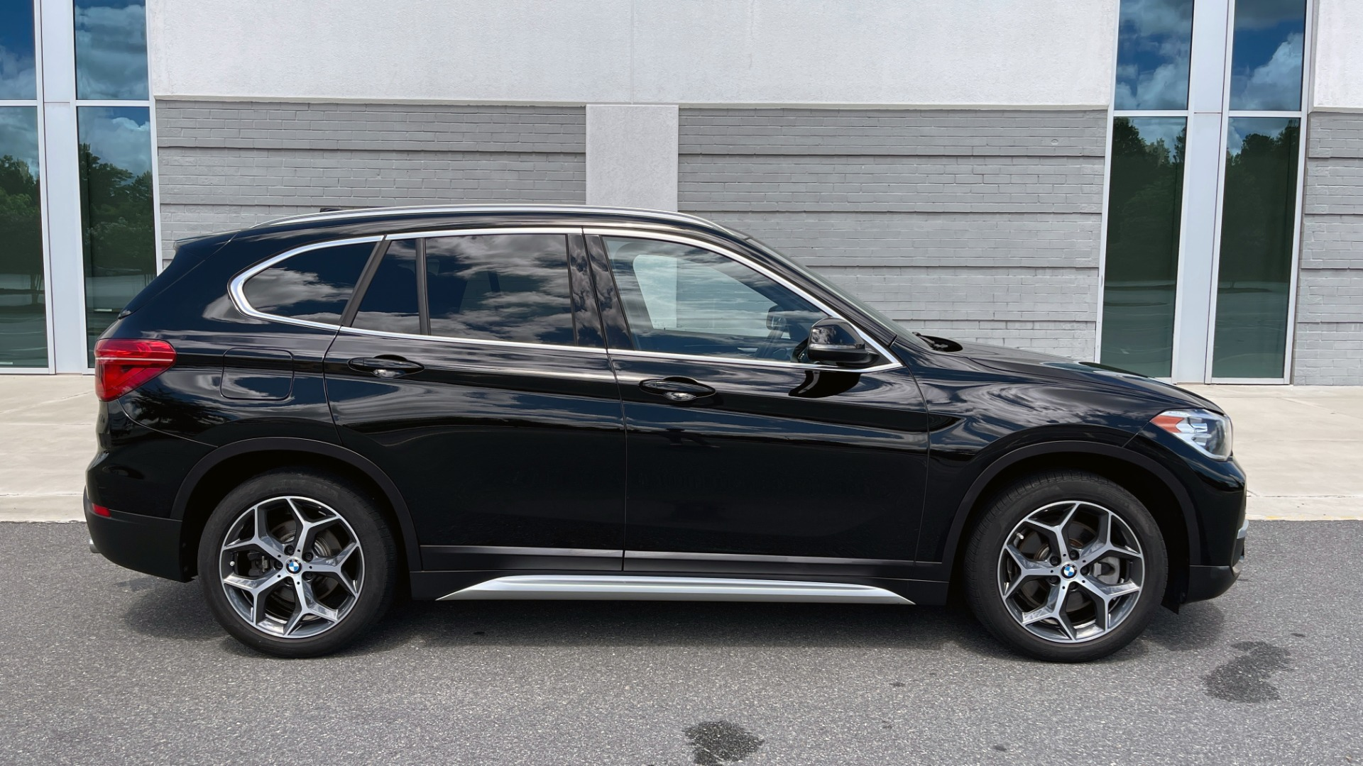 Used 2018 BMW X1 XDRIVE28I / 2.0L / AWD / 8-SPD AUTO / REARVIEW for sale $29,395 at Formula Imports in Charlotte NC 28227 7