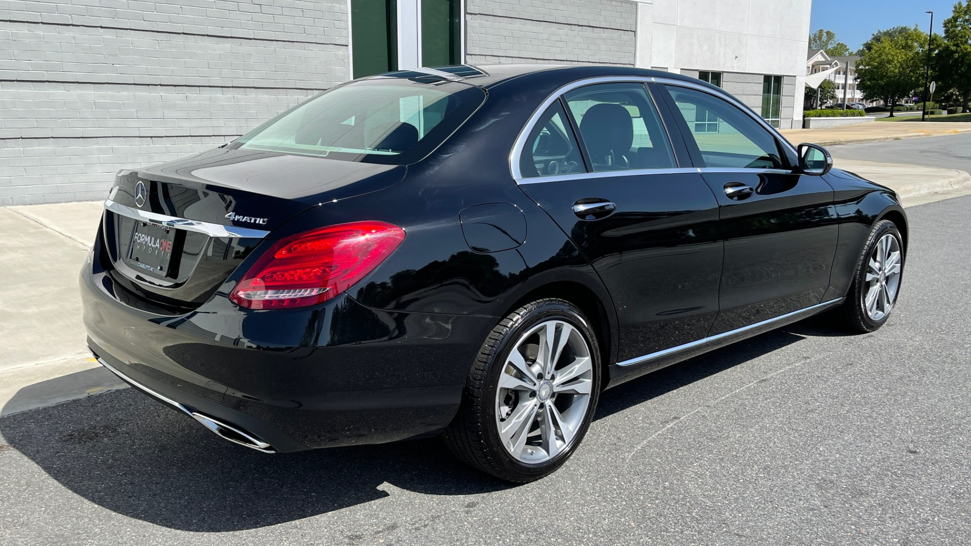 Used 2015 Mercedes-Benz C-CLASS C 300 4MATIC PREMIUM / MULTI MEDIA PKG / BSA / REARVIEW for sale $21,795 at Formula Imports in Charlotte NC 28227 2