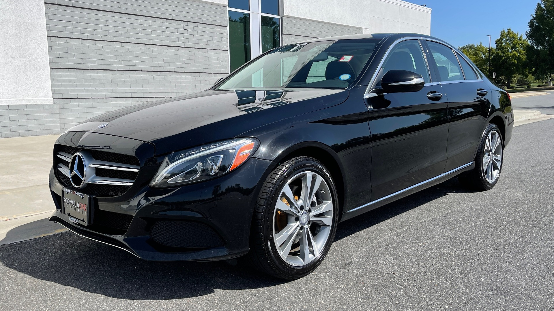 Used 2015 Mercedes-Benz C-CLASS C 300 4MATIC PREMIUM / MULTI MEDIA PKG / BSA / REARVIEW for sale $21,795 at Formula Imports in Charlotte NC 28227 3